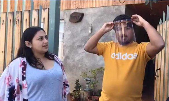 Jóvenes rancagüinos confeccionan protectores faciales en 3D para personal de salud municipal