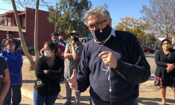 Alcalde Eduardo Soto solicita medidas sanitarias para Fundación Refugio y Villa Héctor Olivares