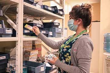 Fortalecen medidas de contingencia para la entrega de medicamentos en la región de O'Higgins