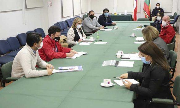 Intendenta Cofré sostiene reunión de trabajo con el Gabinete Social