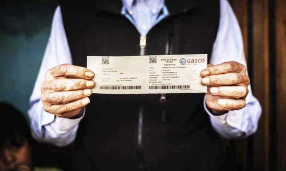 """Mil adultos mayores de Graneros comienzan a recibir """"Bono de Gas 2020"""""""