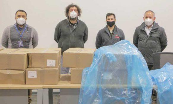 Mil delantales clínicos son donados por empresa privada al departamento de salud municipal