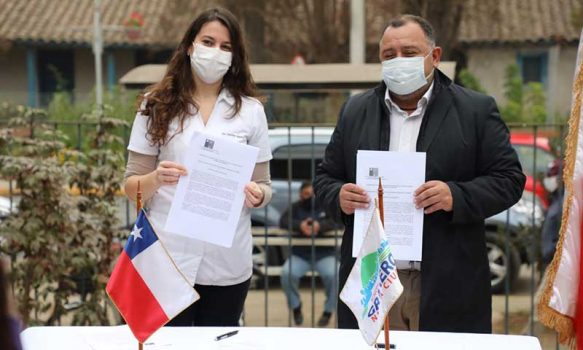 Municipio de Graneros firma convenio con Hospital Santa Filomena para actuar con eficiencia en medio de la emergencia