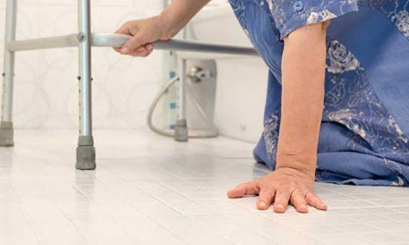 Hospital de Coinco implementa servicio de prevención de caídas en paciente adulto mayor