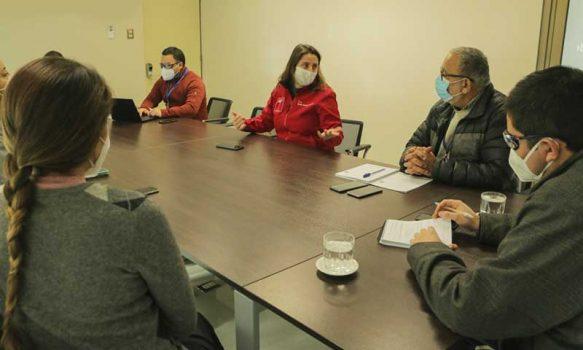 Seremi de salud se reúne con autoridades municipales de Rengo