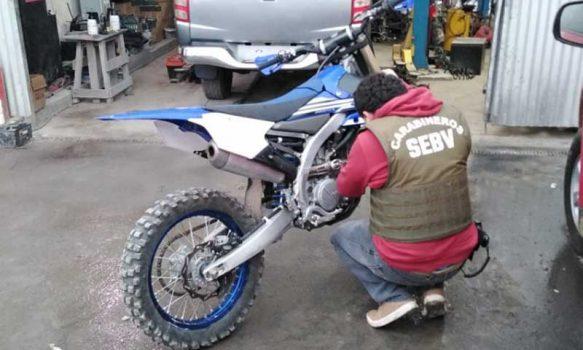 En Olivar carabineros recupera moto robada