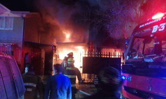 Incendio en villa Alameda de Rancagua deja 3 muertos