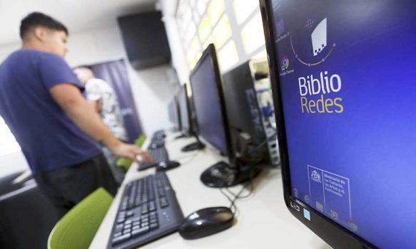 Ministerio de las Culturas entrega recursos para mejorar equipamiento y mobiliario de bibliotecas públicas del país