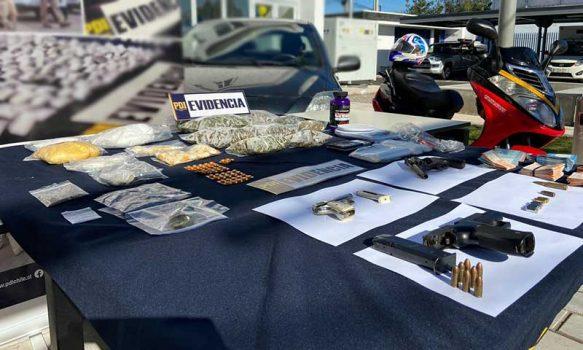 PDI detiene a personas por drogas y armas en Santa Cruz