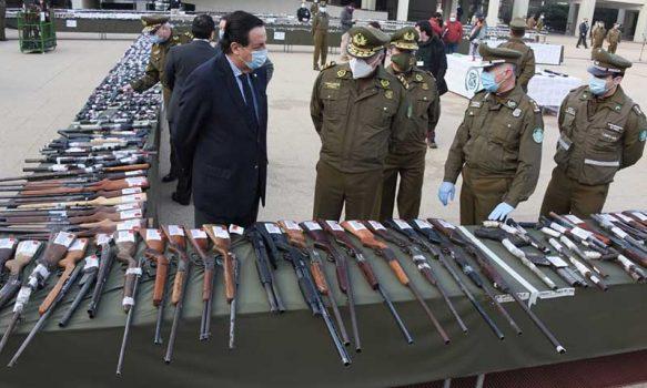 Más de 10 mil armas de fuego han recuperado carabineros