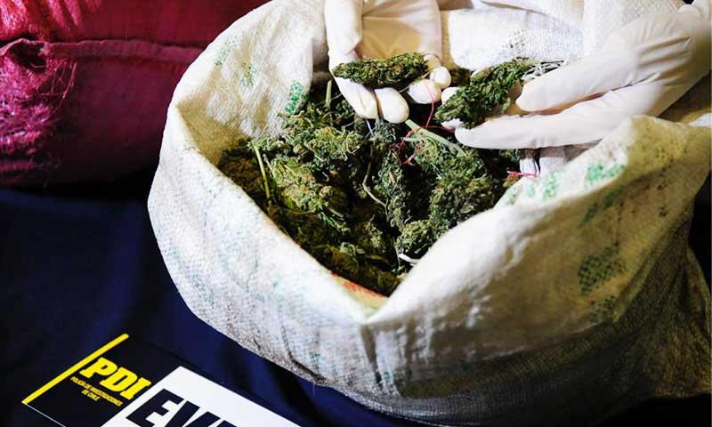 PDI detuvo a hermanos que comercializaban droga por aplicación de citas