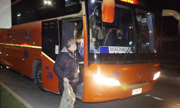 Rancagua: El Teniente dispone de buses de acercamiento gratis para trabajadores de la salud