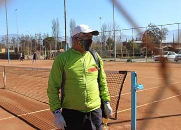 Rancagua: Usuarios disfrutan reapertura de recintos deportivos municipales