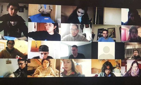 Universidad de O'Higgins: Estudiantes de medicina aprenden a suturar en taller online