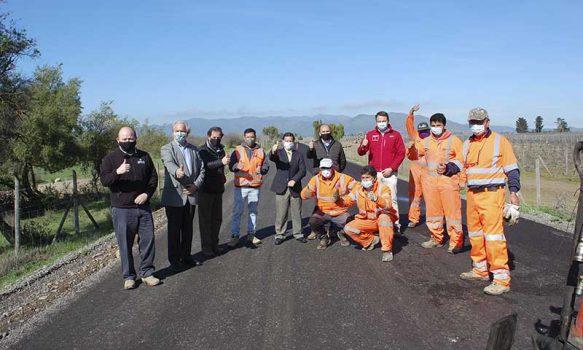 Peralillo: Seremi MOP O'Higgins inspecciona avance de caminos rurales y anuncia pavimentación 2021
