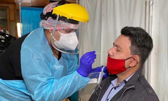 Rancagua: Servicio de Salud O'Higgins y Cesfam 6 efectúan PCR a medios de comunicación