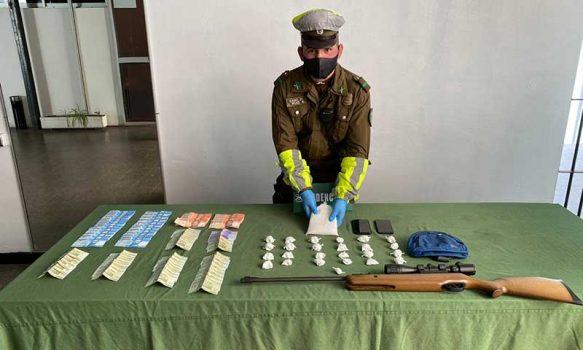 San Fernando: Carabineros detuvo a sujeto por tráfico de drogas en punto de control sanitario
