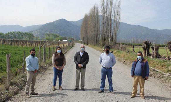 Seremi Obras Públicas inspecciona caminos pavimentados y nuevos sectores por pavimentar