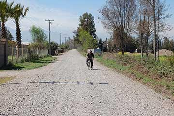 Seremi MOP O'Higgins inspecciona avance de  pavimentación en caminos rurales