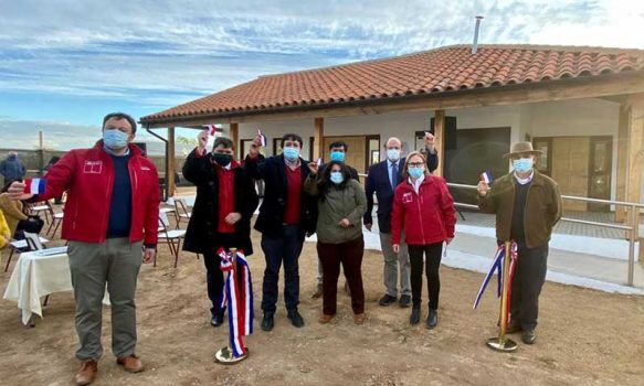 Intendenta Cofré y alcalde Marín inauguran dos proyectos en beneficio de la comunidad de Lolol