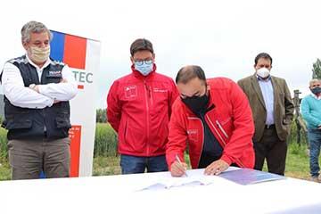 Sercotec e Indap suman esfuerzos para apoyar a micro empresarios del agro