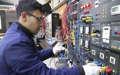 Alumno de Liceo Simón Bolívar gana tercer lugar a nivel nacional en concurso para establecimientos técnicos con especialidad en electricidad