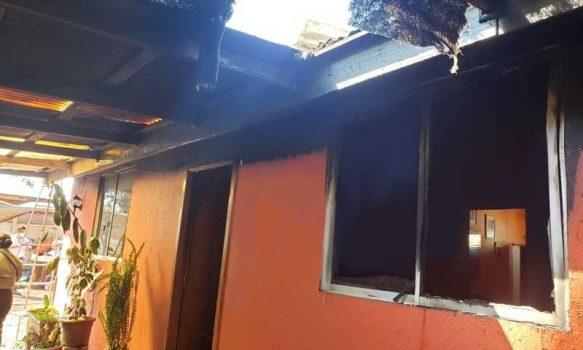Los Lirios: Incendio estructural