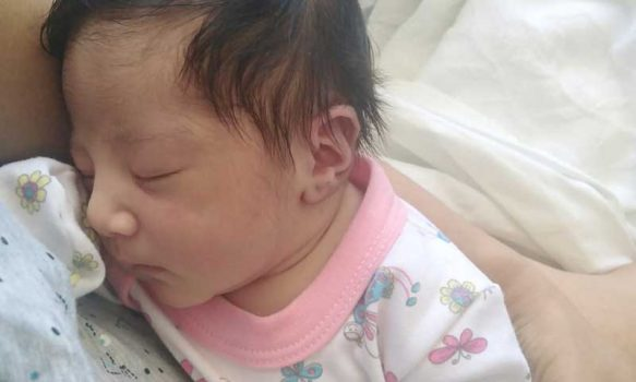 Pequeña nace en ambulancia de Hospital de Litueche durante traslado