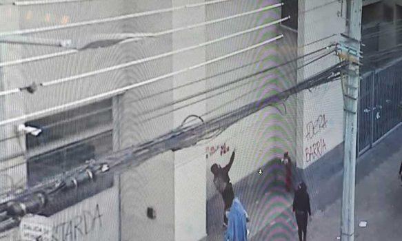Rancagua: Incidentes dejan tres detenidas por daños a edificios públicos y maltrato de carabineros