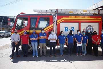 Bienes Nacionales entrega inmueble fiscal a bomberos de Chimbarongo y espacios deportivos a clubes de Cachapoal