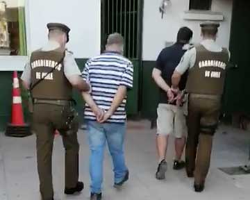 Chépica: Detenidos dos sujetos por contrabando de cigarrillos