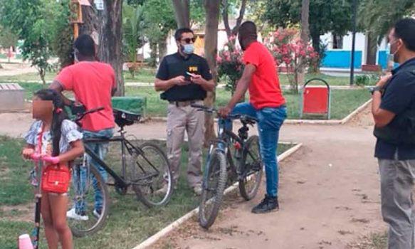Graneros: PDI efectúa fiscalizaciones a extranjeros tras denuncia por desórdenes en la plaza