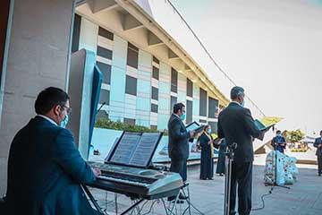 Hospital Regional recibió emotivo concierto de villancicos
