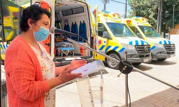 Intendenta y Directora del Servicio Salud entregan tres ambulancias a SAMU O'Higgins
