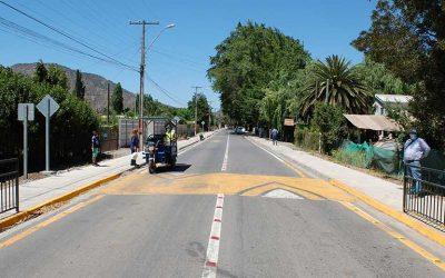 Malloa: Seremi Obras Públicas y alcalde cumplen el sueño de vecinos al inaugurar dos anhelados caminos rurales