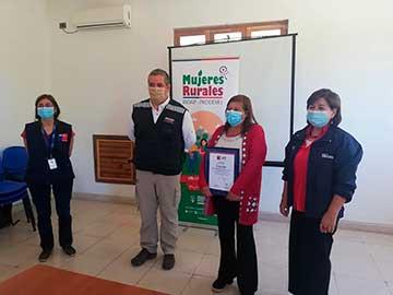 Cuatro agrupaciones de emprendedoras de Cachapoal egresaron del Programa Mujeres Rurales Indap–Prodemu