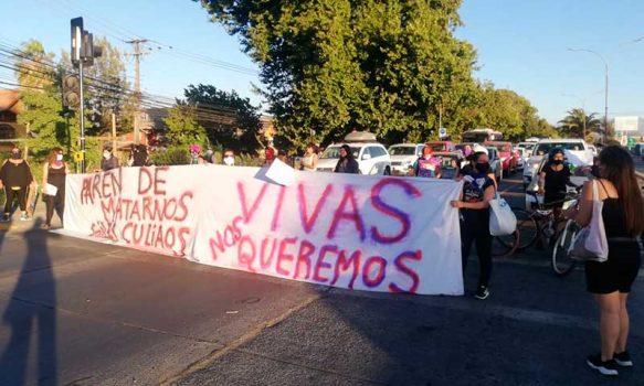 Feministas de Rancagua se manifestaron en las calles del centro de la ciudad
