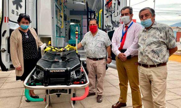 Cesfam de Cunaco cuenta con nueva ambulancia para traslado de pacientes