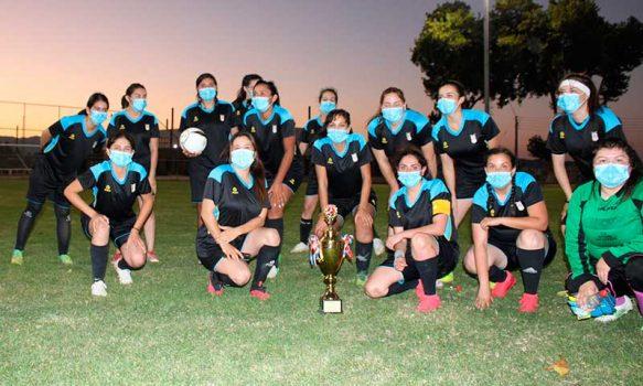 Femenino Las Garzas en categoría damas se coronó campeón de encuentros amistosos de fútbol Verano Palmilla 2021