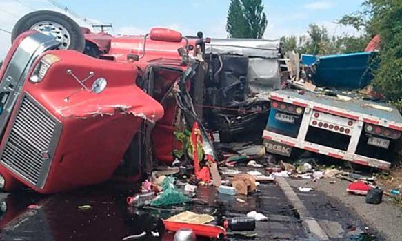 Olivar: Camiones chocaron frontalmente
