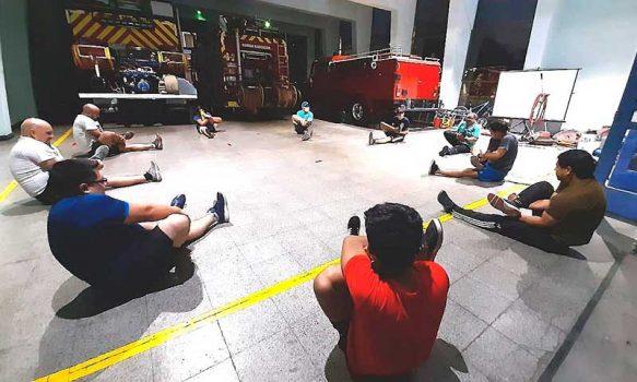 Estrés en la pandemia: bomberos la combaten con deporte, salud y actividad física