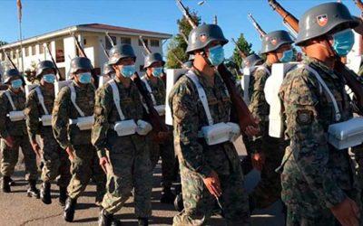 Soldados Dragoneantes de la Escuela de Suboficiales, enfrentaron su revista de reclutas