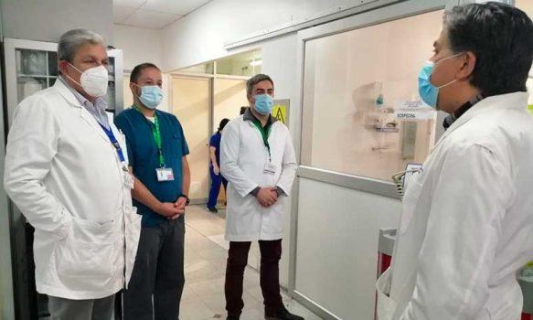 Director del Servicio de Salud logra aumento de camas críticas con gestión en red