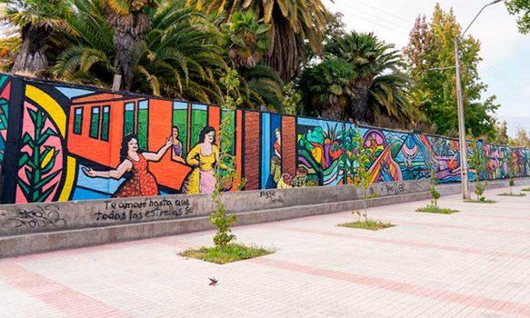 Finalizó el pintado del mural que mide más de 70 metros y fortalece la identidad de Placilla