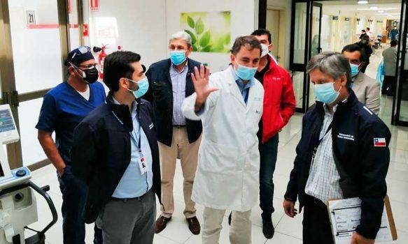 Intendente, Digera, Seremi Salud y Servicio de Salud verifican en terreno respuesta de la red asistencial ante aumento de contagios por Covid-19