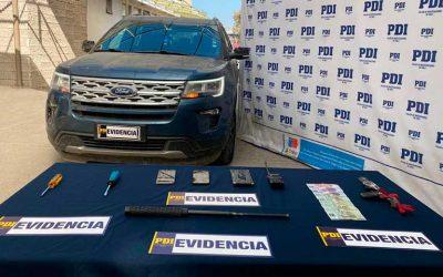 PDI detiene a mujer que robaba a vehículos utilizando dispositivo para inhibir alarmas