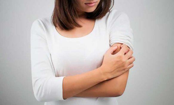 Adaptándose a los nuevos tiempos: Dermatólogos realizan live y contestan dudas a pacientes con psoriasis