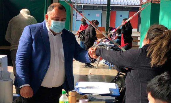 """Claudio Segovia, alcalde reelecto en Graneros: """"Le ganamos a toda la maquinaria política partidista"""""""