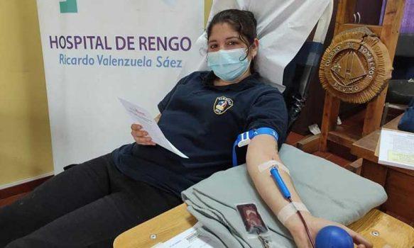 Bomberos de Peumo y la comunidad donan sangre al Hospital de Rengo