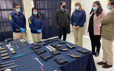 PDI desmantela taller que adaptaba armas a fogueo para disparar balas reales